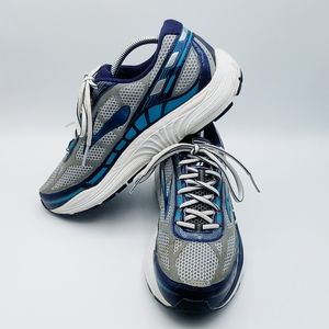 Brooks Dyad 8 Running Shoes Size 10